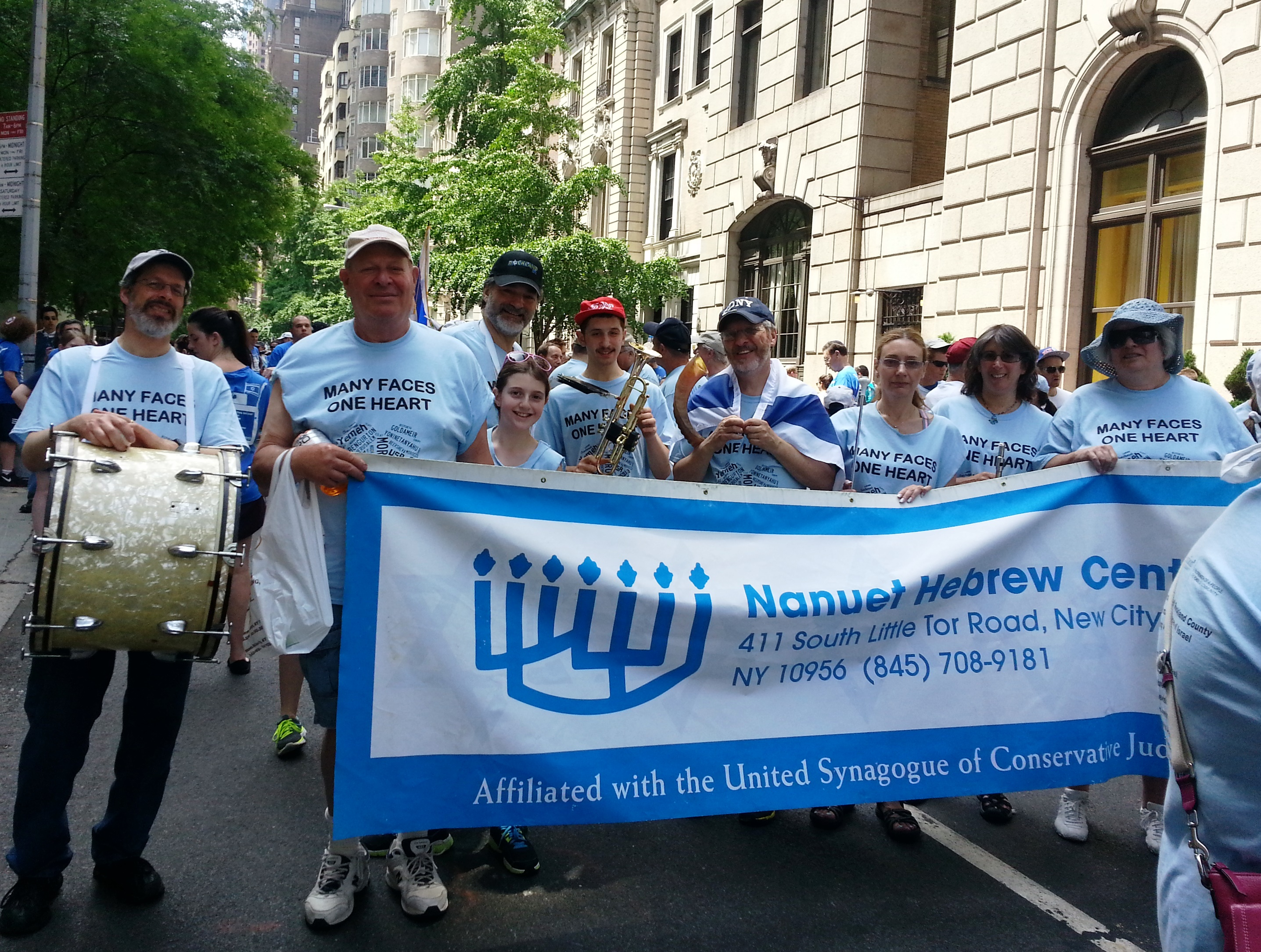 Celebrate-Israel-Parade-NYC-Photos-06-02-13-3